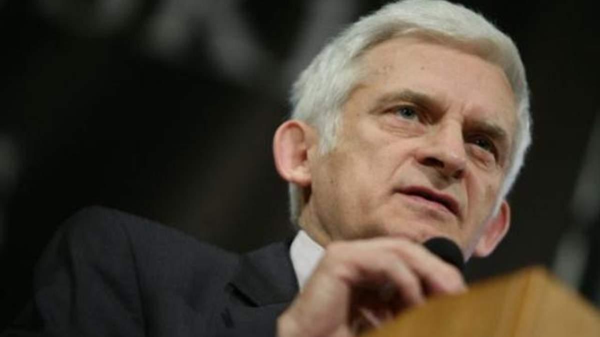 Бузек: Санкций в отношении украинской власти не будет