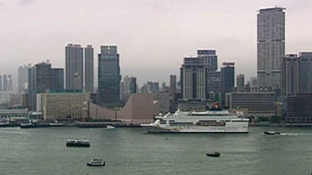 Гонконг направит 10 млрд долларов на поддержку экономики
