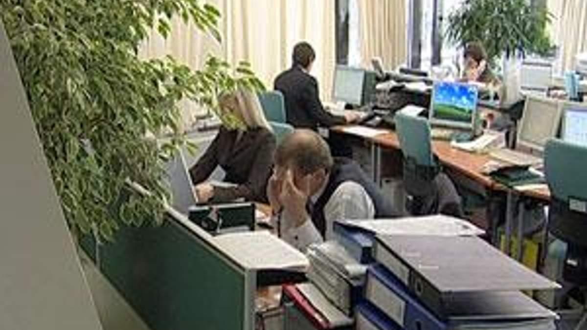 Експерти: у 2012 р. може активізуватися списання боргів