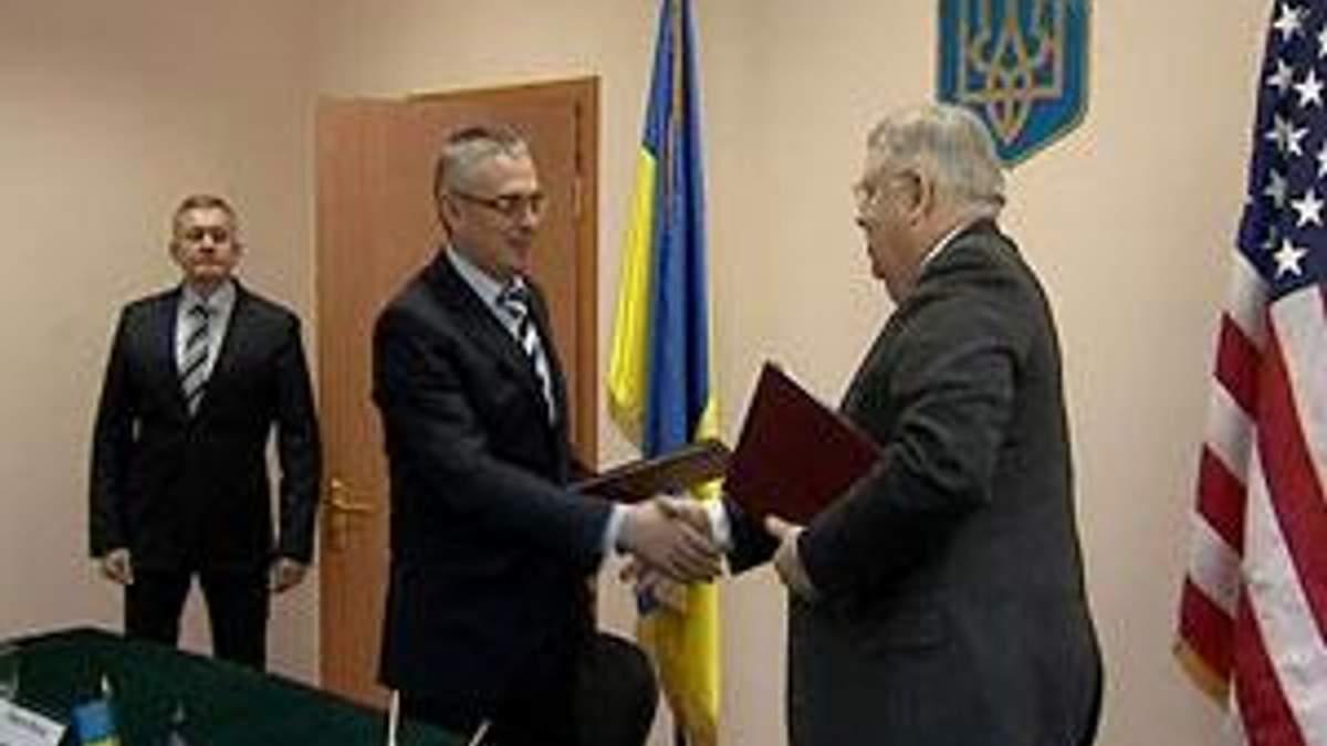 Уряд США передав Україні прилади радіаційного контролю вартістю понад 200 тис. дол.
