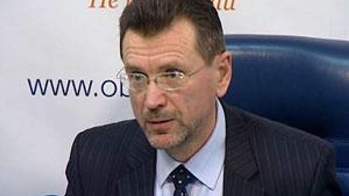 Україна має на вибір три варіанти повернення кредитів МВФ