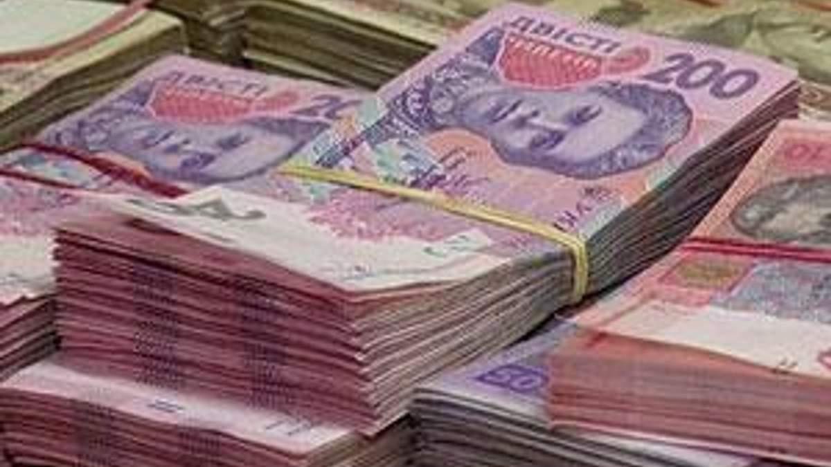 У січні в Україні зросли зарплати і збільшилася кількість вакансій на ринку праці