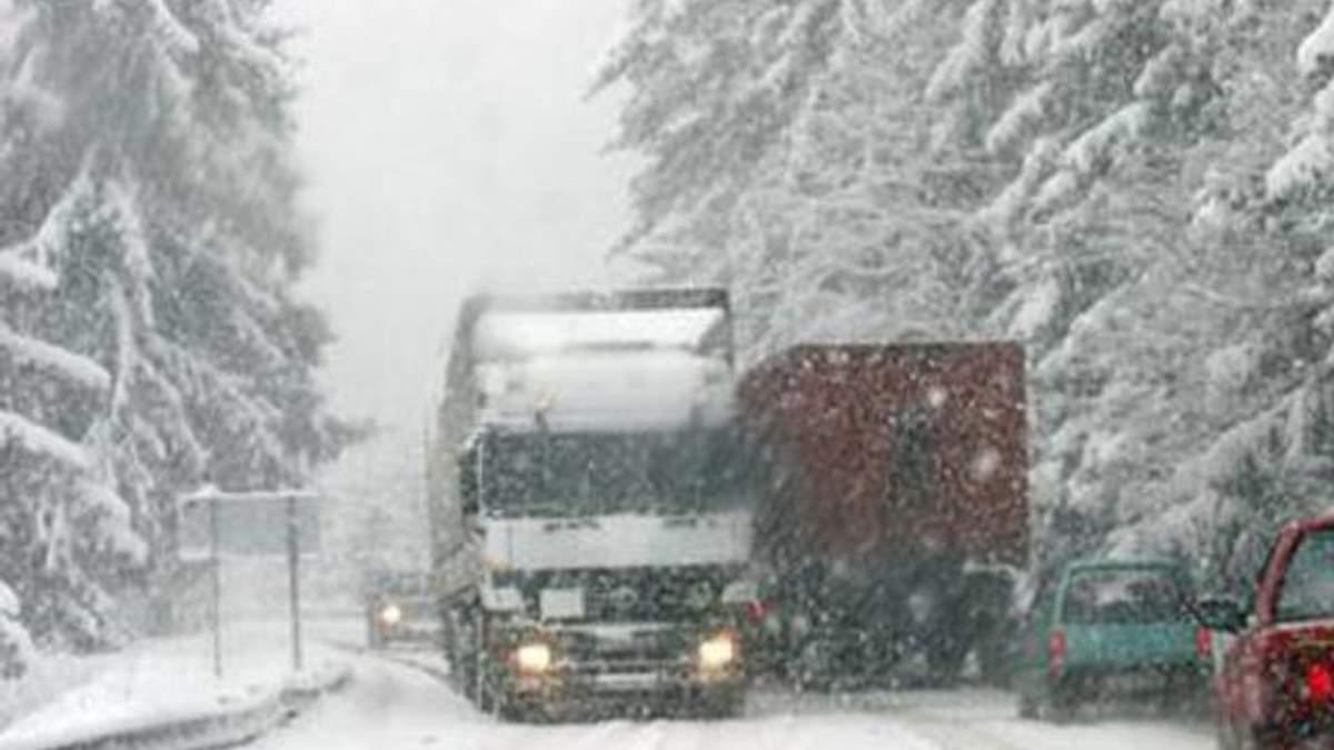 Румыния закрыла границу для грузовиков из Украины