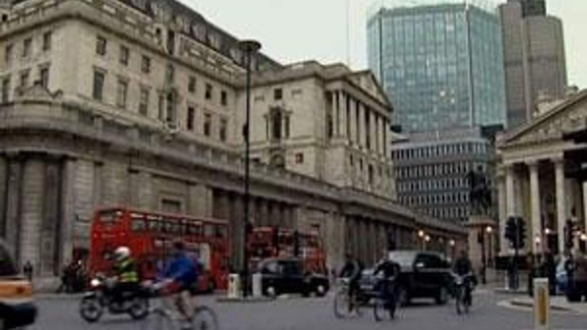 ВВП Великобритании в 2012 году будет расти и падать
