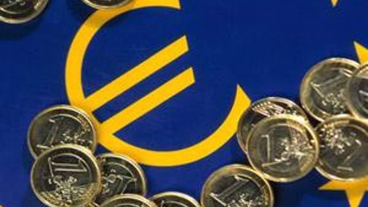 Єврокомісія погіршила прогноз зростання ВВП зони євро