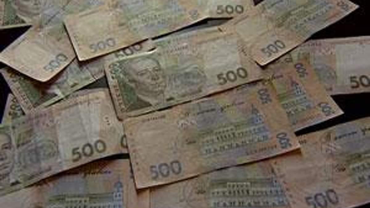 Фахівці: Україні потрібна девальвація національної валюти