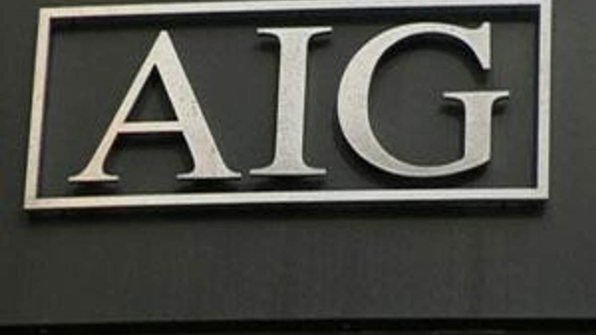 Прибыль AIG в IV кв. 2011 года повысилась на 77%