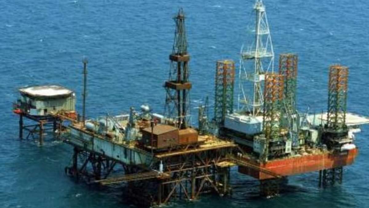 """""""Лукойлу"""" разрешили искать нефть и газ в Черном море"""