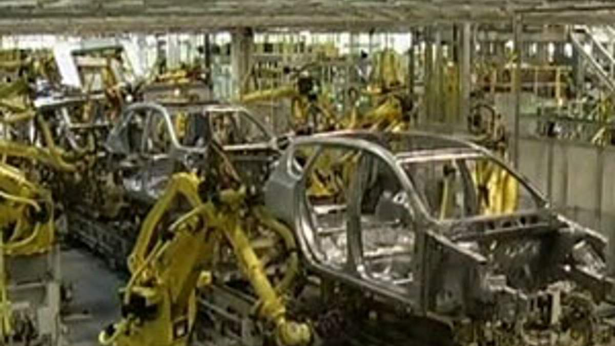 Fiat сократит производство в Италии