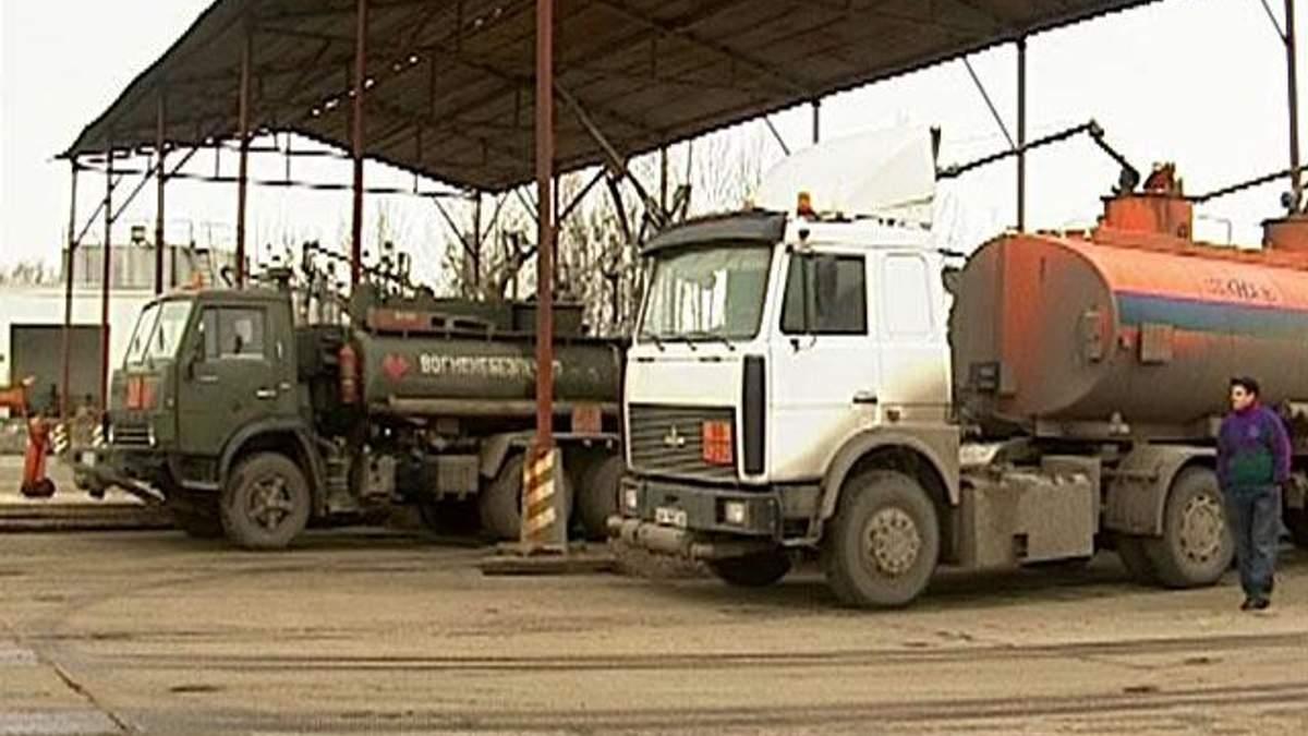 Експерти: Мита на імпорт нафтопродуктів зашкодять економіці