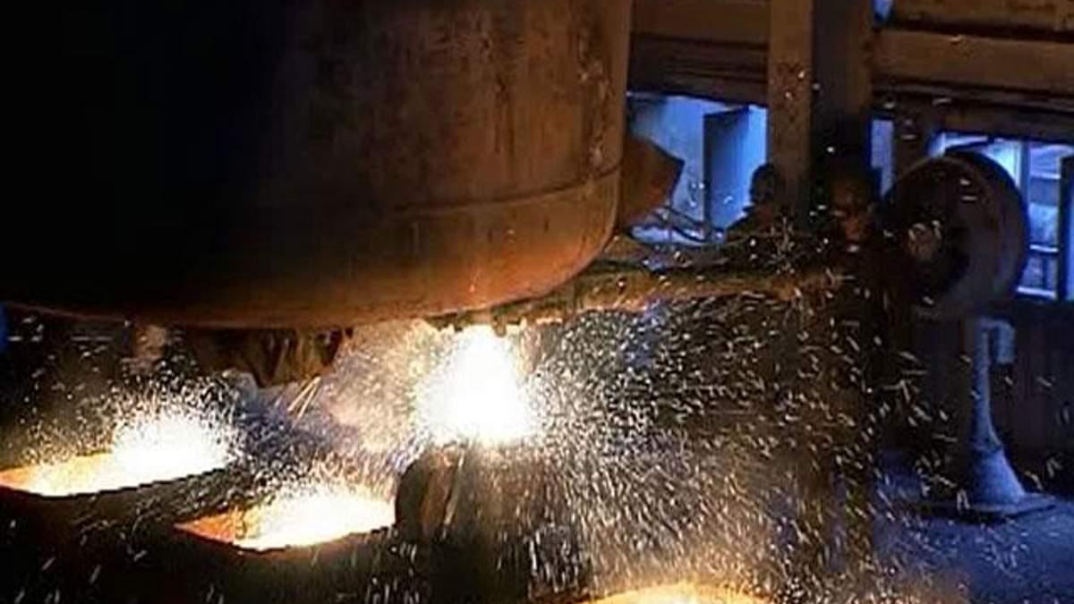 Украинские металлурги снизили выпуск стали на 6%