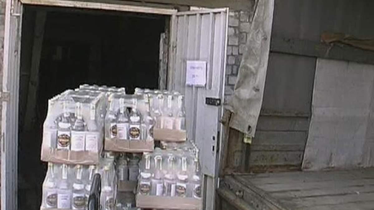 Эксперт Минздрав: В Украине 50% водки фальсифицировано
