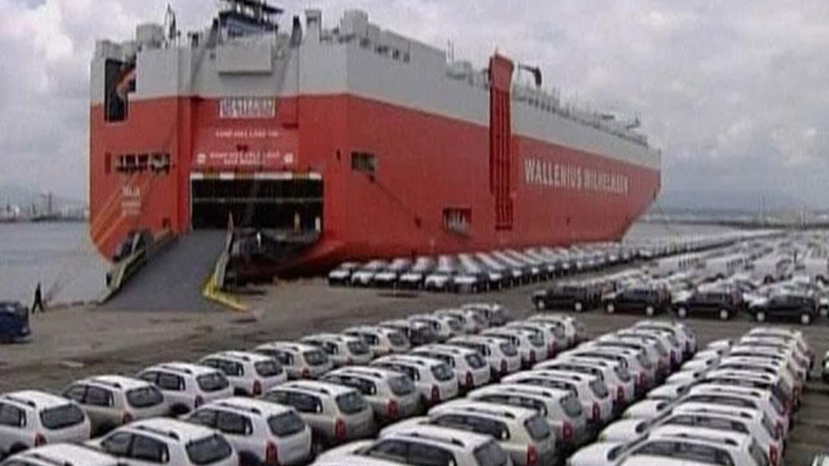 Продаж автомобілів Toyota в Китаї впав на 40%