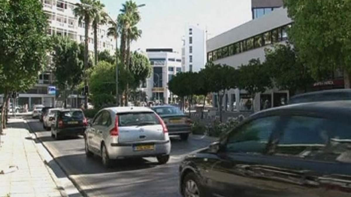 Moody's понизило рейтинг Кіпру одразу на три позиції
