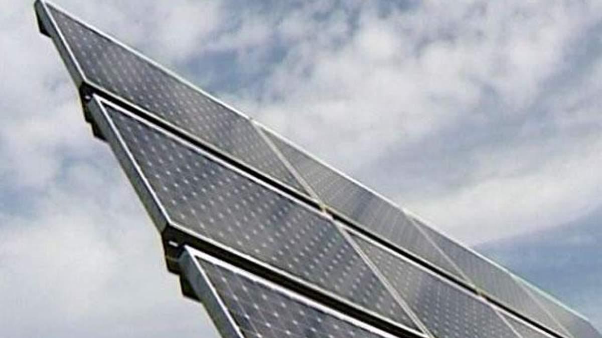 США збільшили мита на сонячні батареї з Китаю