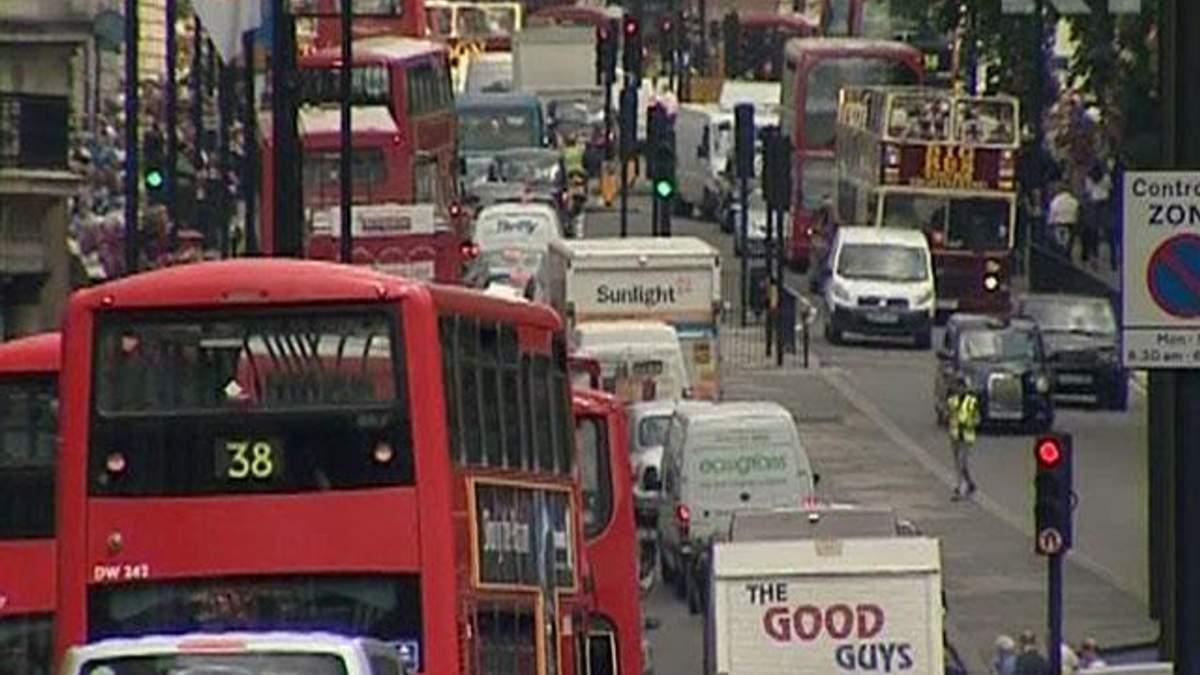 Британські ритейлери щодня закривають близько 30 магазинів