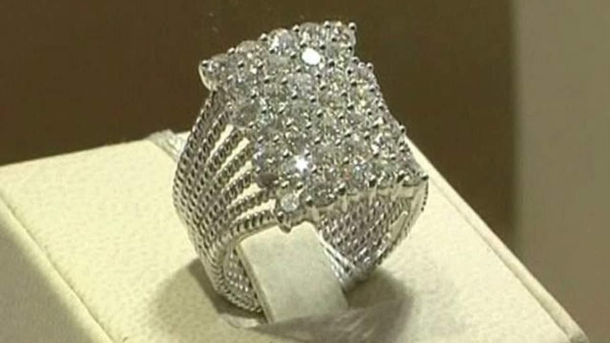 Половина жінок Азії вважає діаманти інвестиційним інструментом