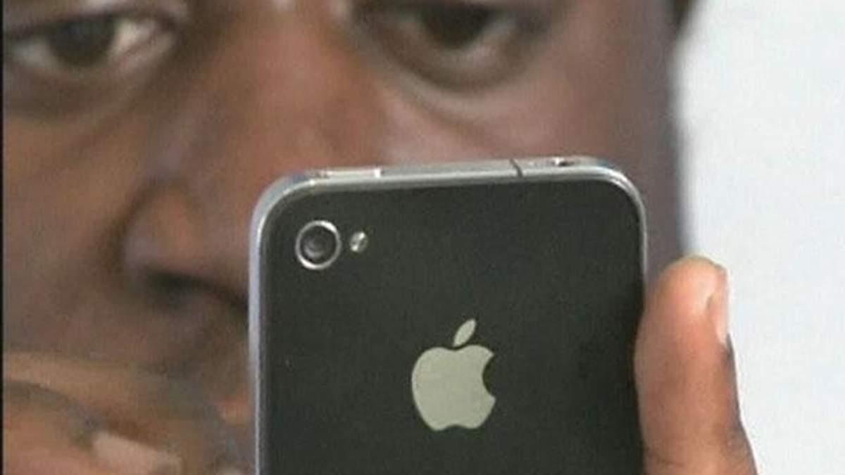 Apple удвічі зменшила замовлення на дисплеї для iPhone 5