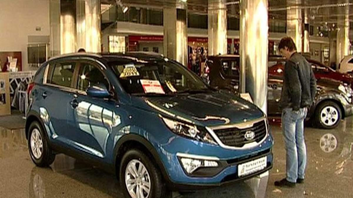 У 2012 році в Україні продали не більше 200 тисяч нових авто
