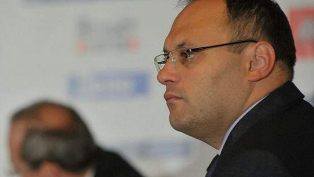 Каськів каже, що Януковичу пропонують оголосити йому догану