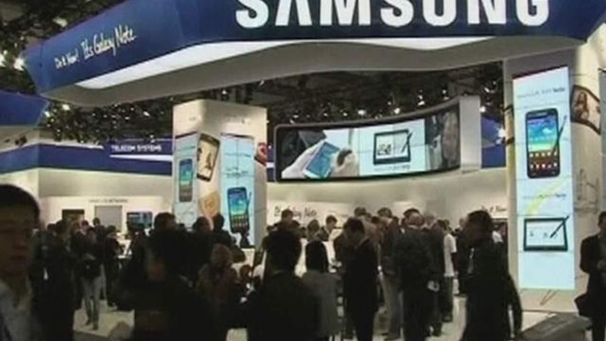 Samsung став лідером з продажів мобільних телефонів