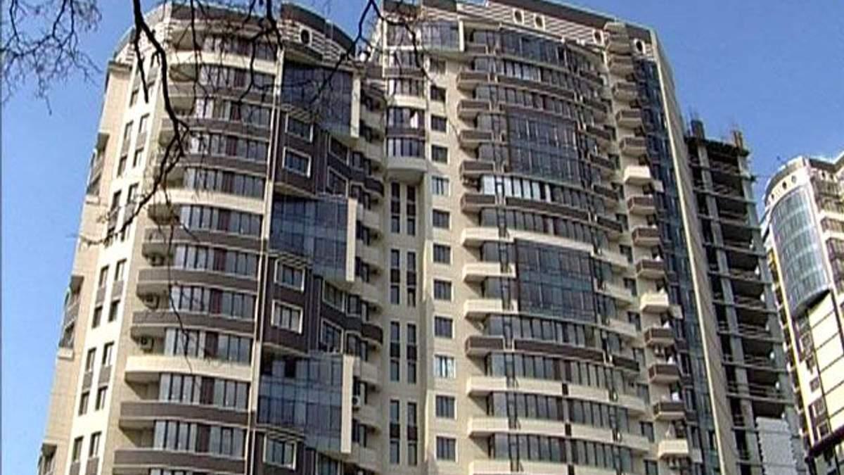 Ринок нерухомості врятує емісія гривні, - експерти