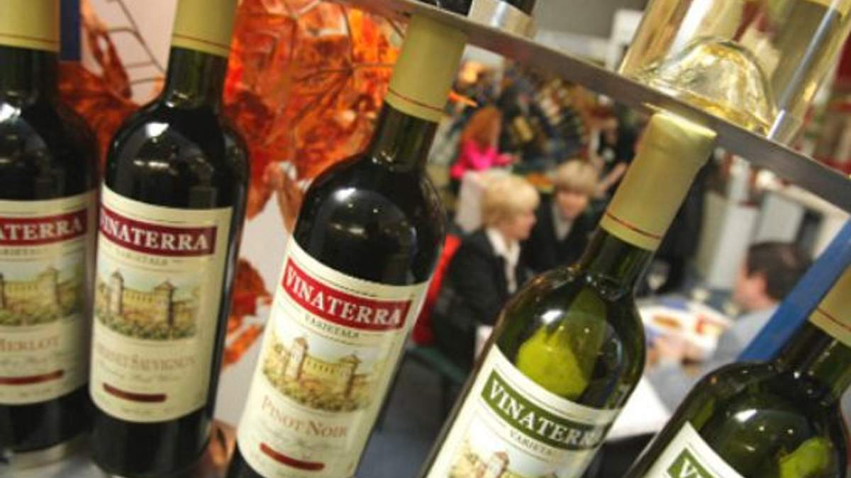 Россия запретила импорт молдавского вина