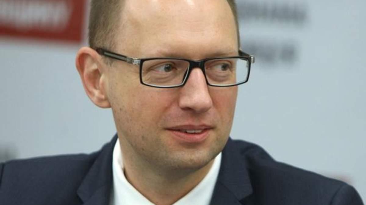 Окрім грошей від МВФ, Україна отримає майже $5 млрд. від США, ЄС та СБ, – Яценюк