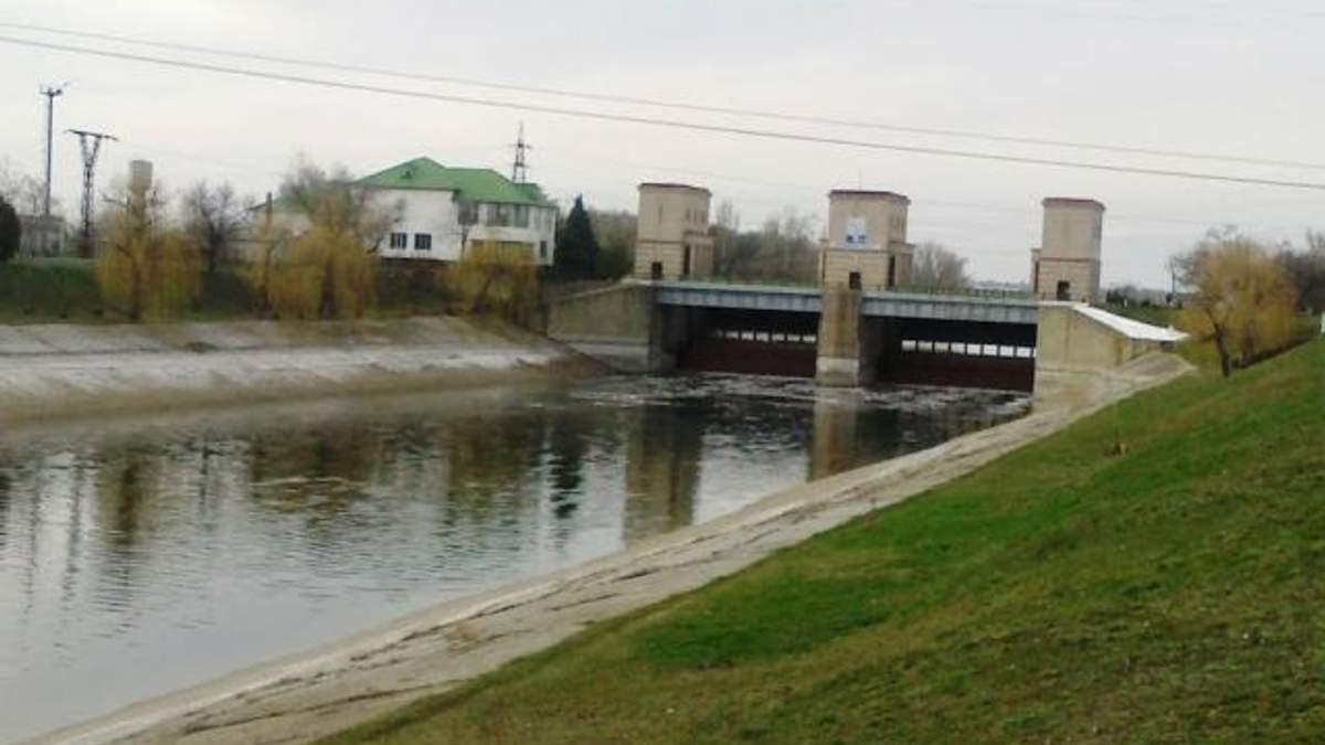 Україна будує пункт обліку подачі води в Крим