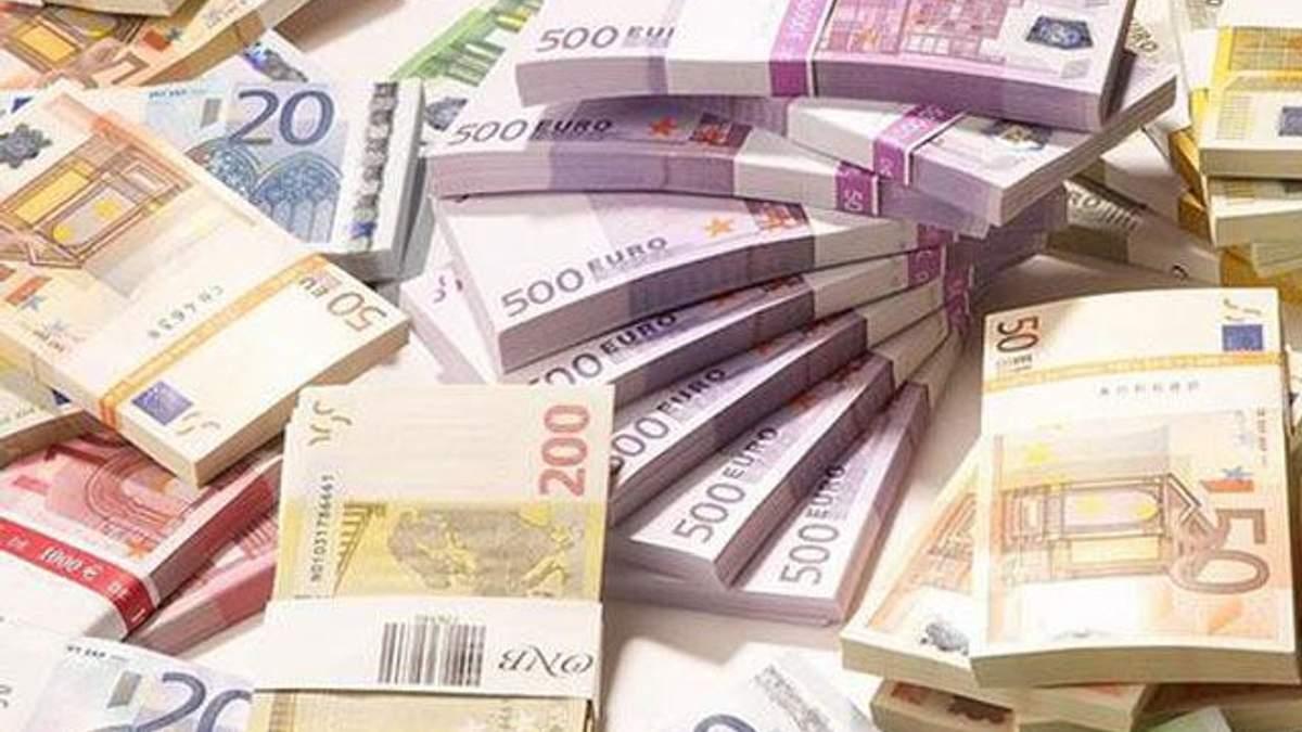 ЄС надав Україні перший транш допомоги обсягом 100 мільйонів євро
