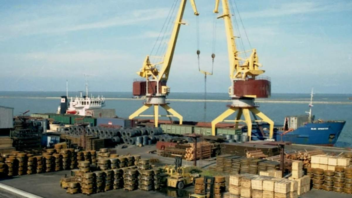 У Криму заморожують розвиток портів