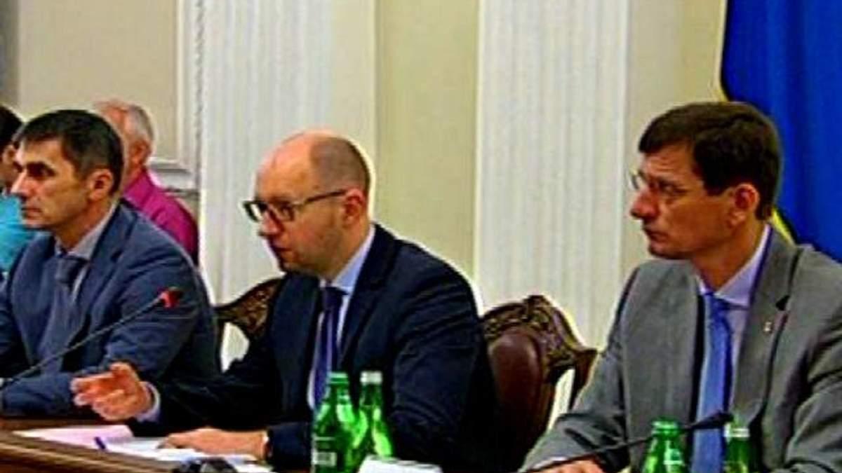 Из-за газовых проблем Украина и Россия могут встретиться в Стокгольмском суде, - Яценюк