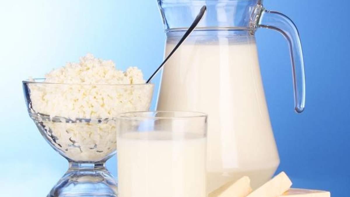 Білорусь услід за Росією може заборонити імпорт молока і яловичини з України