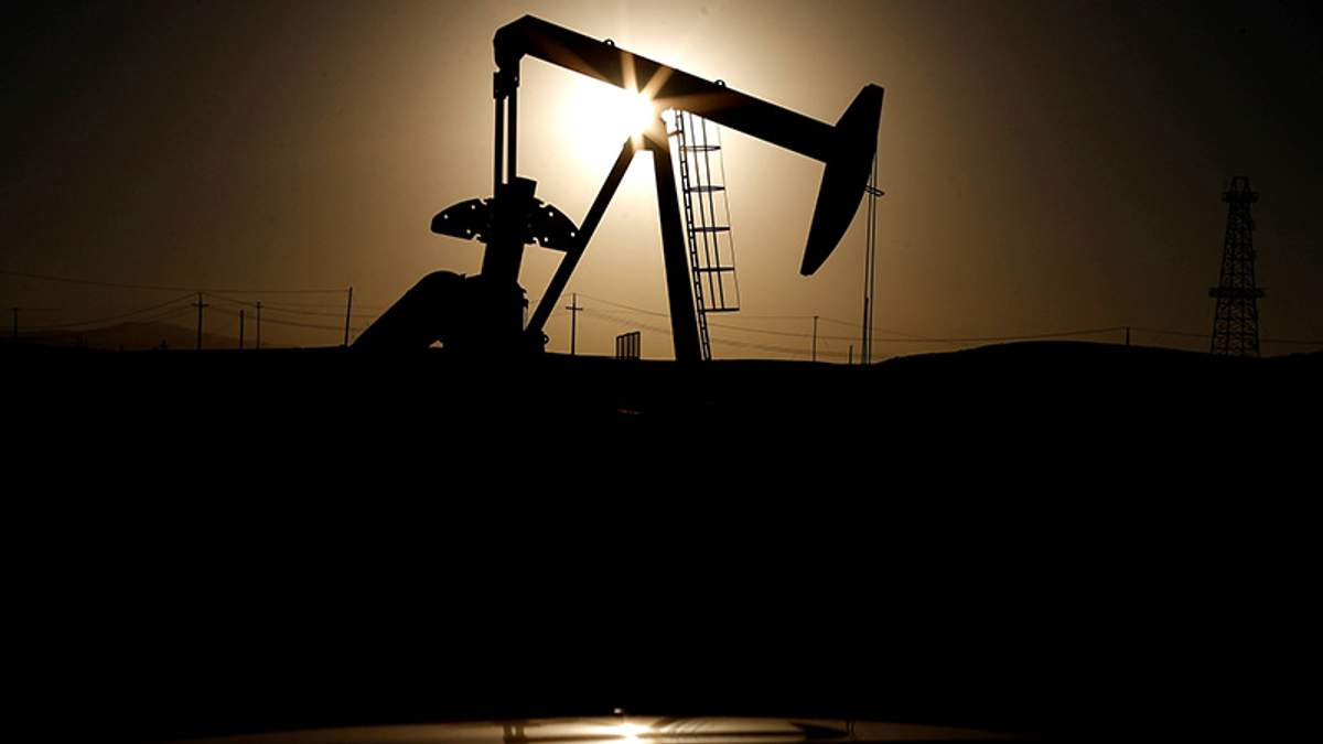 Ціна на нафту впала до рекордного мінімуму за останній час