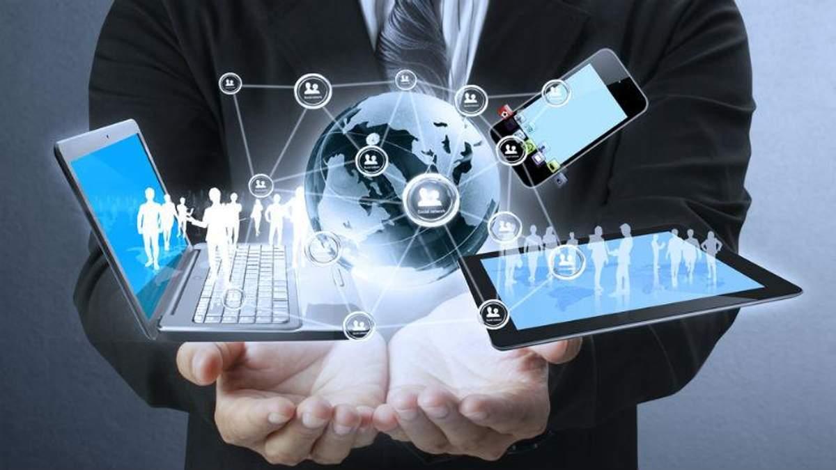 IT-ринок в Україні скоротився майже вдвічі