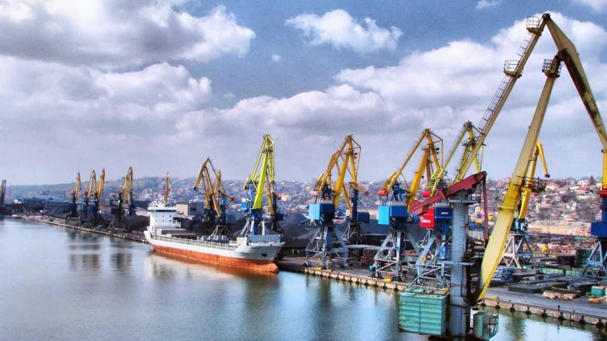 Высокие портовые сборы в Украине сдерживают экспортный потенциал страны, – эксперт