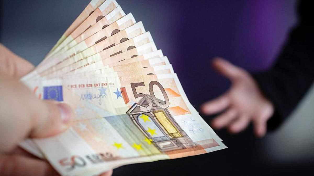 В какие отрасли иностранцы охотней всего вкладывают деньги: список