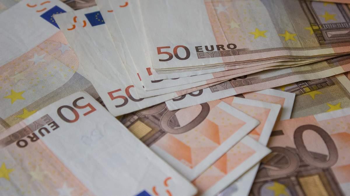 Наличный курс валют 3 ноября: евро постоянно дорожает