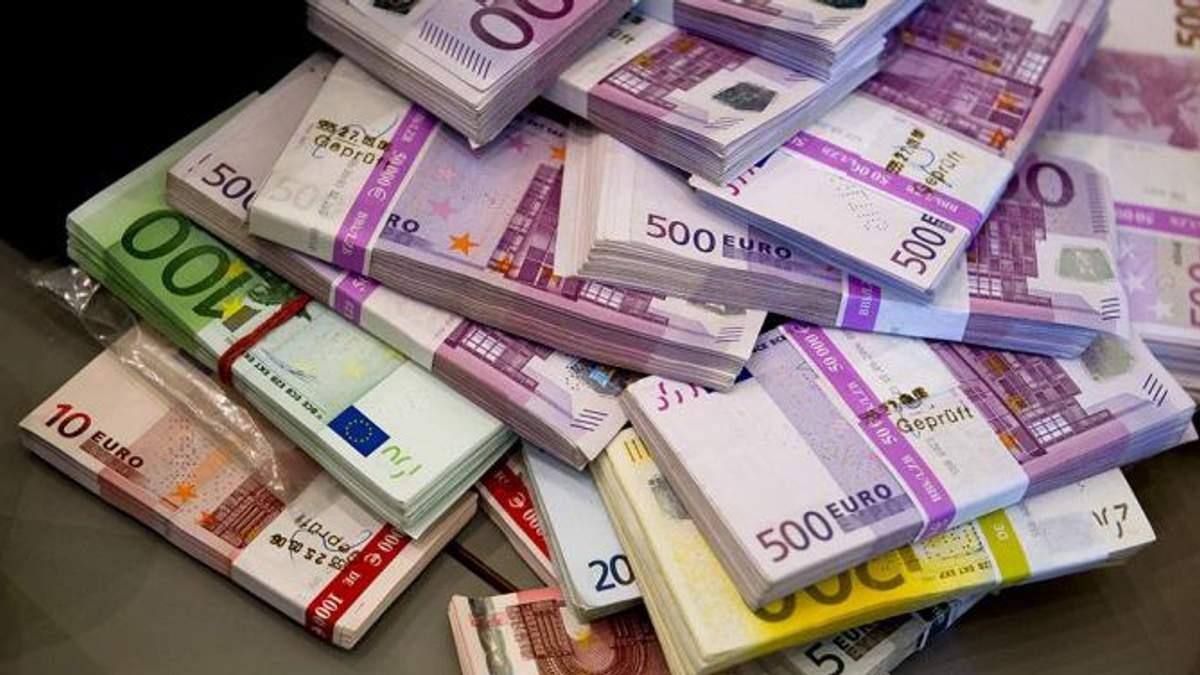 Євро долає психологічну позначку