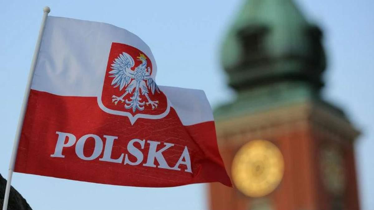Украинцы могут работать в Польше благодаря безвизу  – официальное объяснение