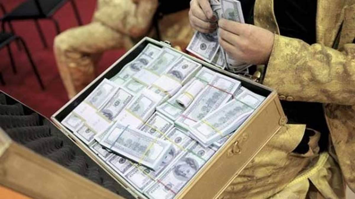 В Росії загрозливо зріс відтік капіталу