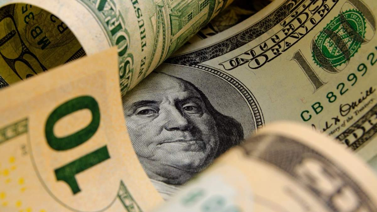Курс доллара не изменится в связи с непоступлением транша МВФ, – эксперт