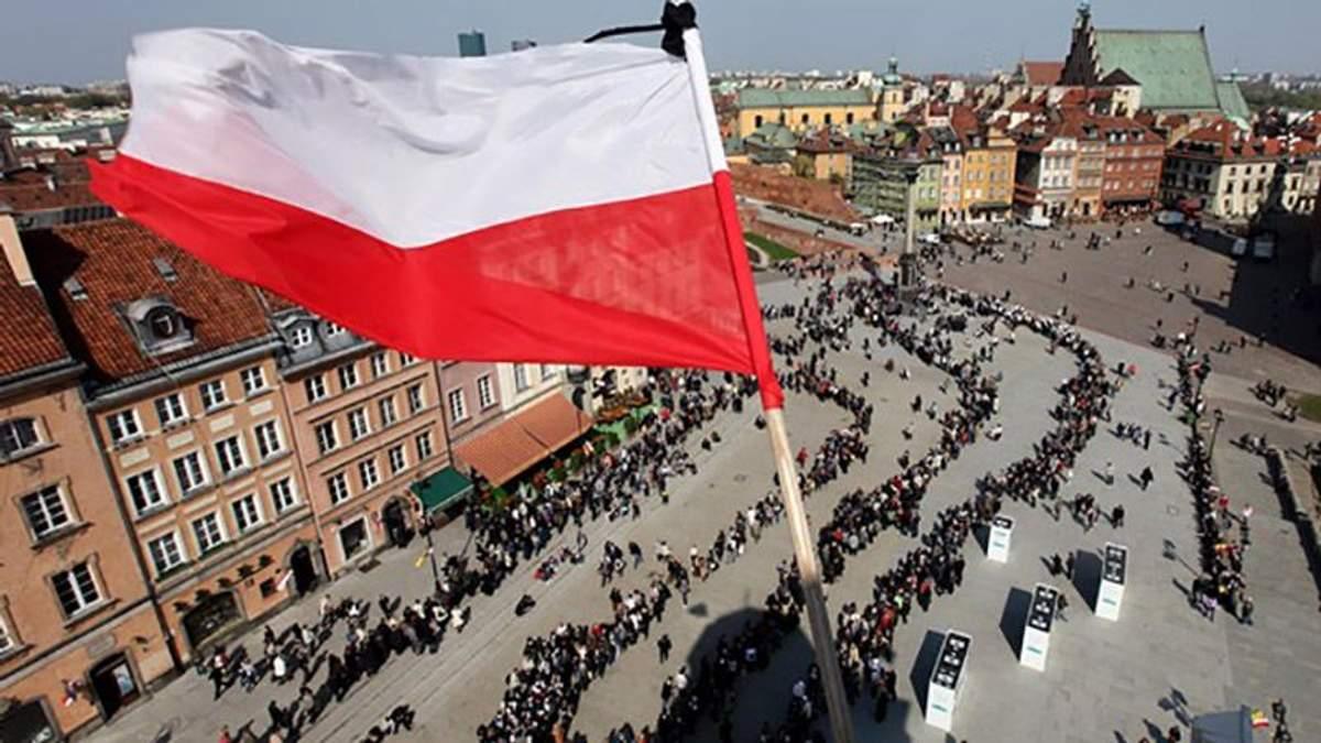 Украинцам в Польше платят вдвое больше после введения безвиза