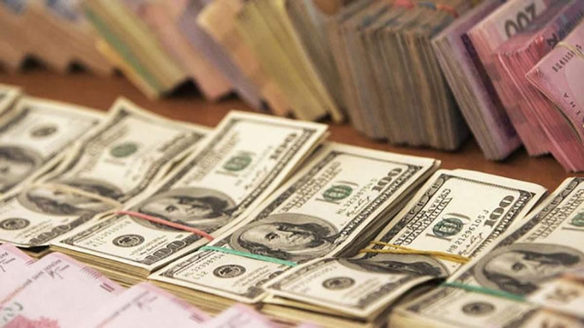"Курс валют на 6 сентября: валюта начала ""лезть"" вверх"