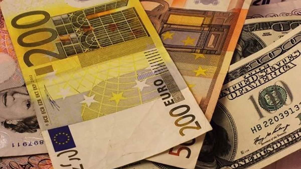 Готівковий курс валют 11 вересня: євро та долар збавили темп