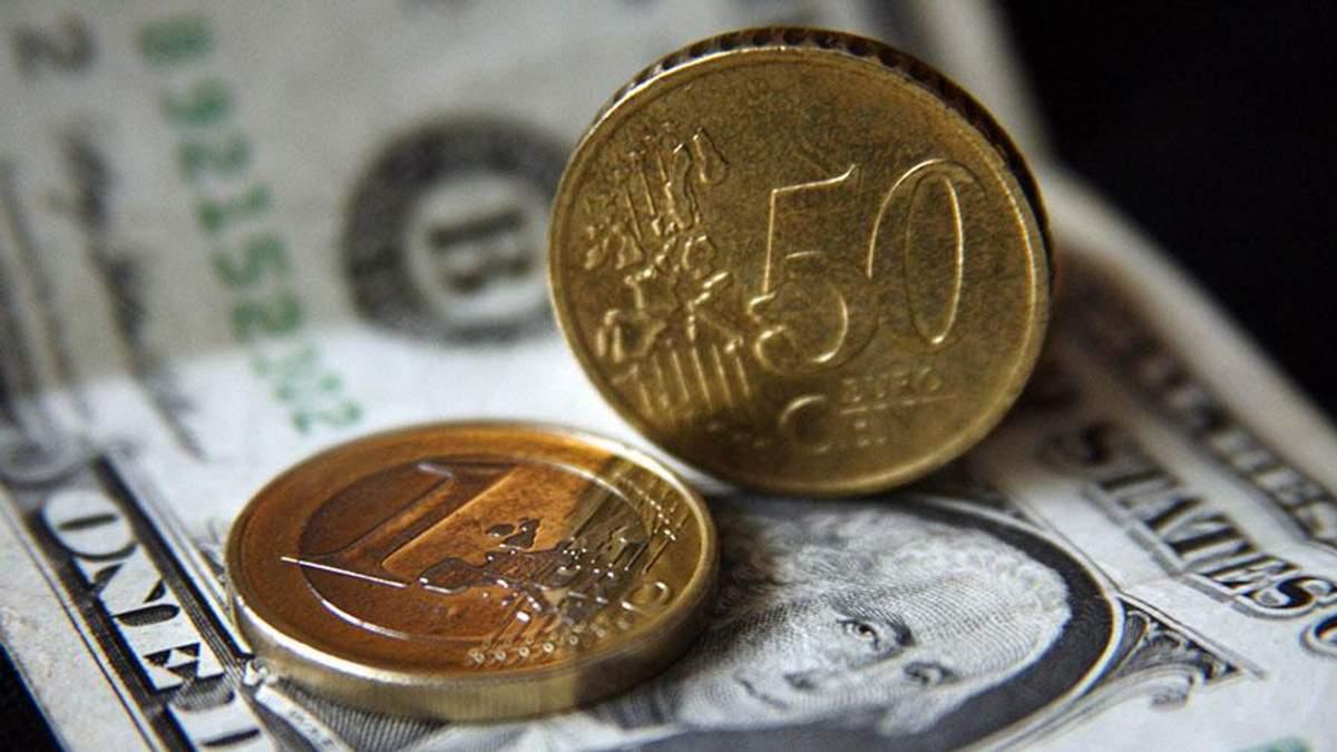 Наличный курс валют 19 сентября: евро и доллар движутся в разные стороны