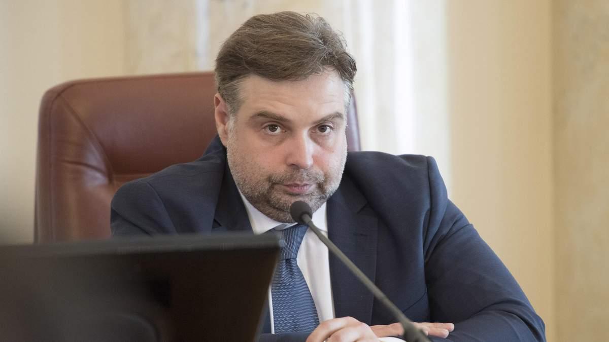 """В """"Укрзализныце"""" сохранится масштабная коррупция, поднимать ж/д тарифы нет смысла, – Каленков"""