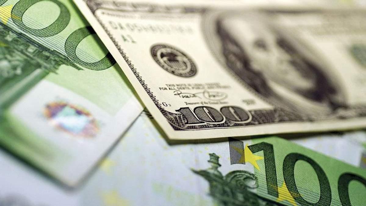 Курс валют на 26 вересня: євро несподівано дешевшає, а долар – навпаки