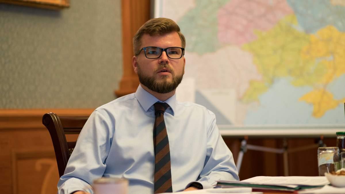 """Кравцов: У цьому році """"Укрзалізниця"""" закупила найбільшу кількість нових пасажирських вагонів з 2008 року"""