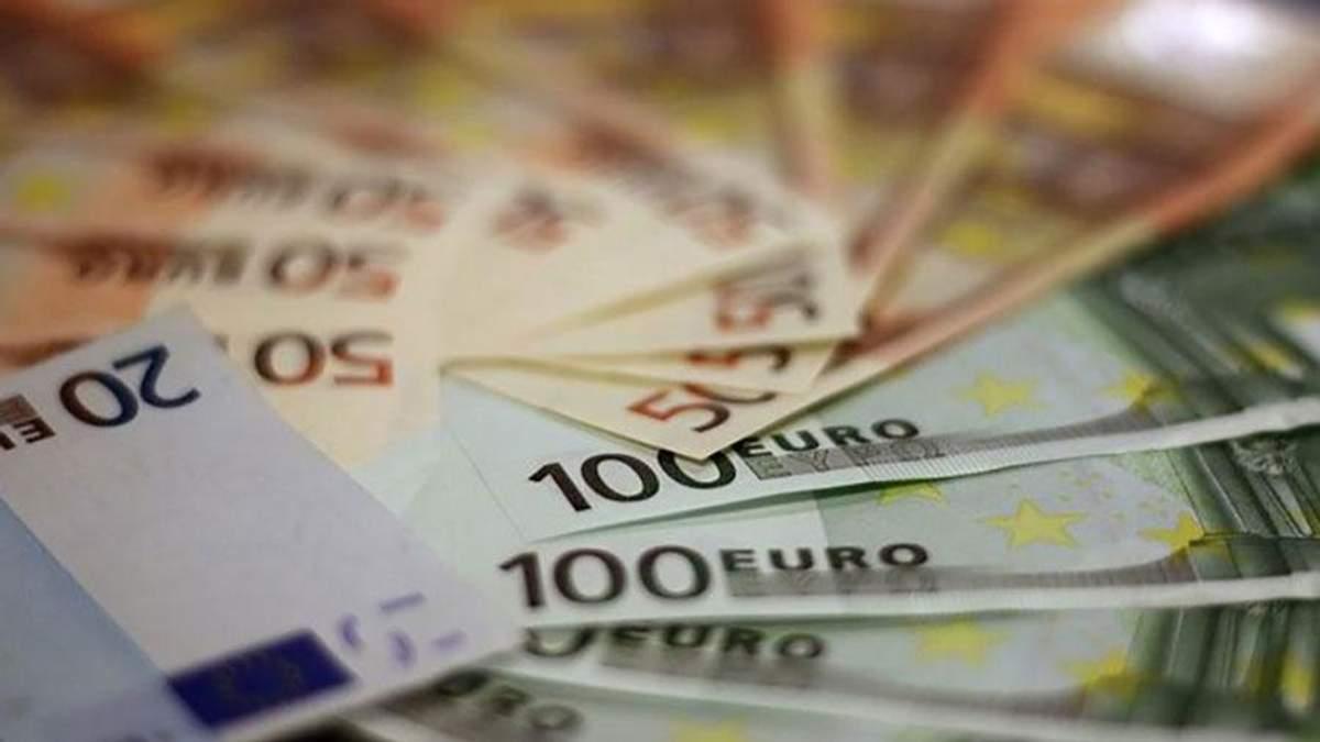 Курс валют НБУ на сьогодні 17-08-2018: курс долара, курс євро